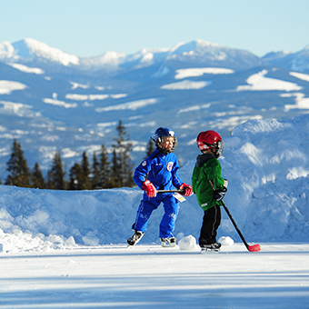 Ice Skating - Photo: Big White Ski Resort