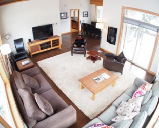 Kookaburra 4 Bedroom - Photo: Bear Country