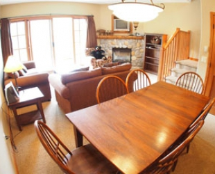 Trail's Edge 2 Bedroom  + Den Condo - Photo: Bear Country