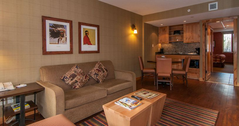 Spacious rooms and suites for families. - image_4