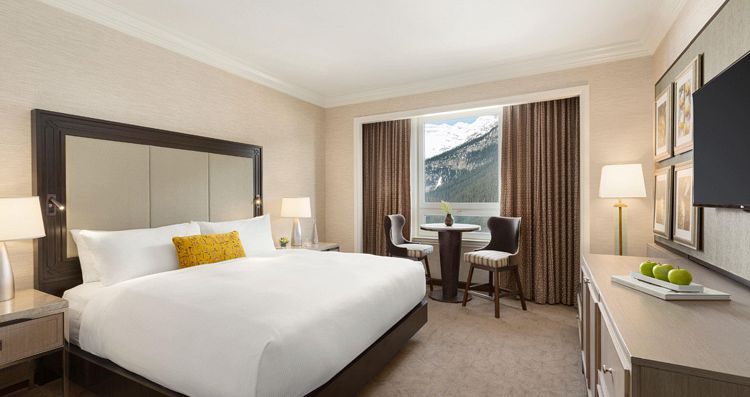 Stylish and modern rooms and suites. Photo: Fairmont Chateau Lake Louise - image_2