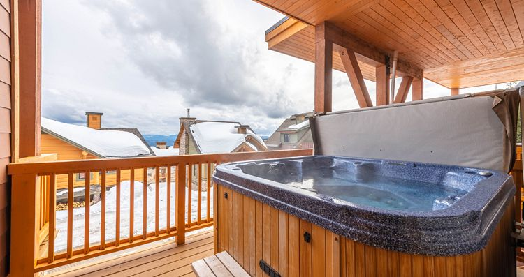 Condos with private hot tub at Big White - image_3