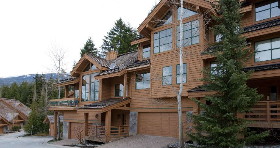 Fantastic secluded townhomes for families in Whistler. - image_0