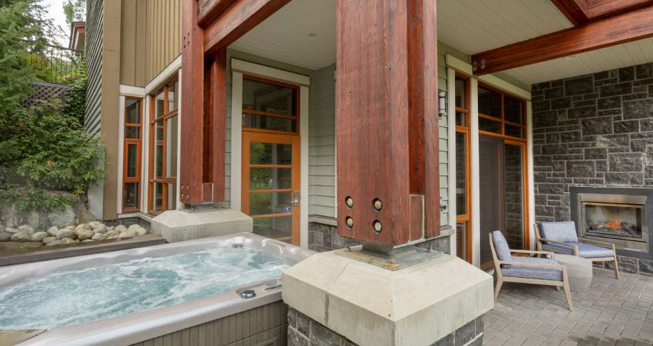 Enjoy private hot tubs in your condo in Whistler. - image_2