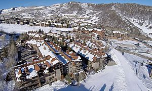 Unbeatable slopeside location in Aspen Snowmass. Photo: The Crestwood Condos