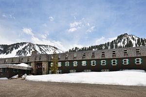 Alta Peruvian is a fantastic option on the slopes of Alta Ski Resort