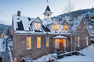 Historically beautiful Washington Schoolhouse Boutique Hotel.