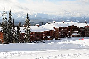 Copper Kettle Lodge at Big White