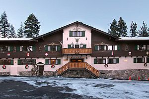 Traditional ski-lodge with a European feel in the heart of Mammoth. Photo: Alpenhof