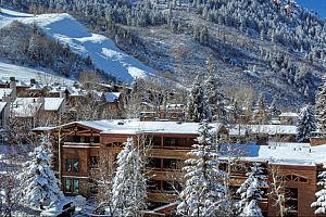 Great slopeside condos at Fasching Haus. Photo: Frias Properties