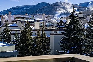Fantastic location in Lionshead Village, just a few minutes from the main Vail Village. Photo: East West Destination