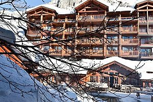 Family friendly hotel in the heart of Val d\'Isere. Photo: Le Blizzard