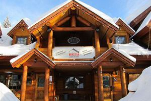 Winston Lodge - Kicking Horse