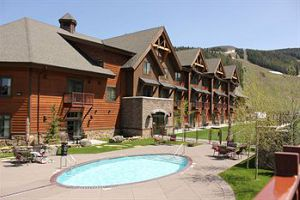 Village Center Studio Suites - Big Sky