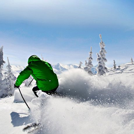 5 Reasons to Book Your Winter Ski Vacation Early