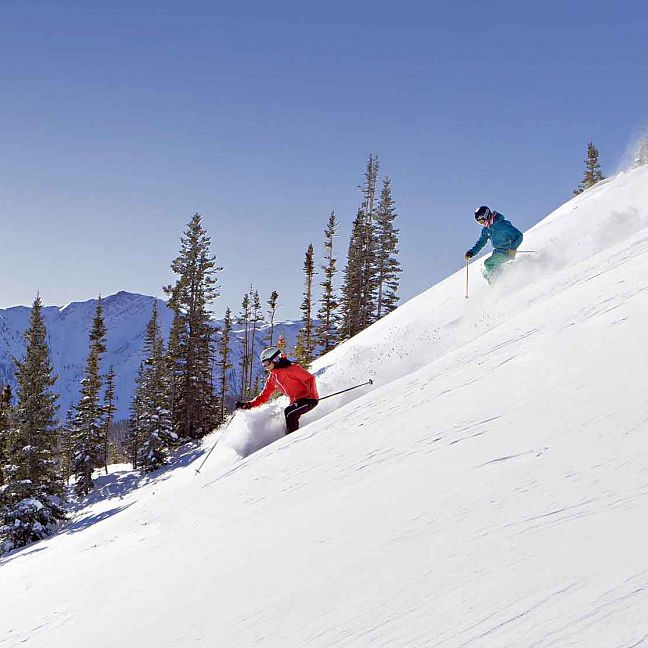 The Best Ski Resorts for Intermediates