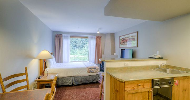 Cahilty Hotel & Suites - Sun Peaks - Canada - image_8
