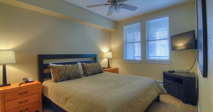 Flexible bedding options for families. Photo: Fraser Crossing & Founder's Pointe Condos.  - image_5