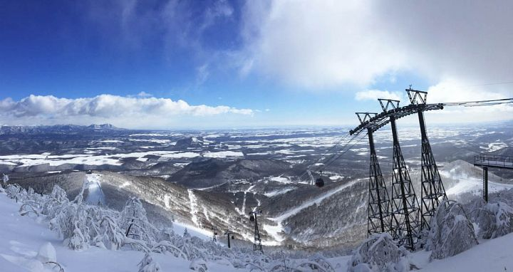 Sahoro Ski Resort and the views of the Tokachi valley. Photo: Scout