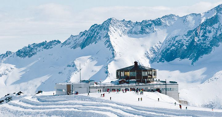 Mittelallalin Revolving Restaurant at 3,500m in Saas-Fee. Photo: Saas-Fee tourism - image 0