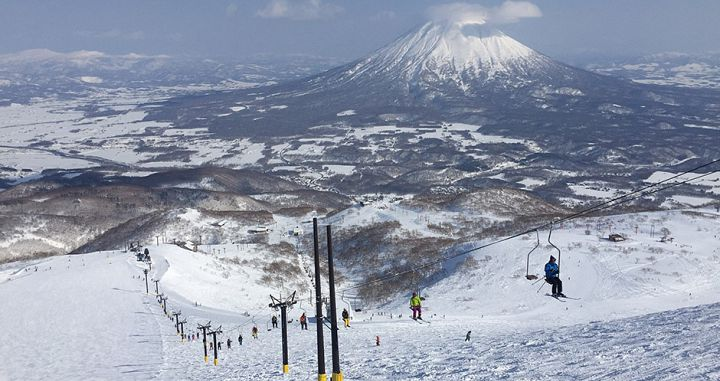 Niseko Hirafu\'s famous single chair with Mt Yotei in the background. Photo: Scout - image 0