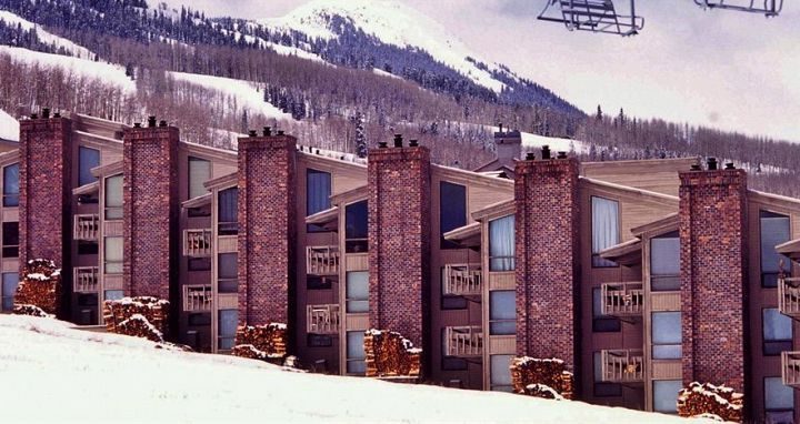 The Enclave offers fantastic affordable slopeside condos in Snowmass. Photo: Wyndham Vacations - image_0