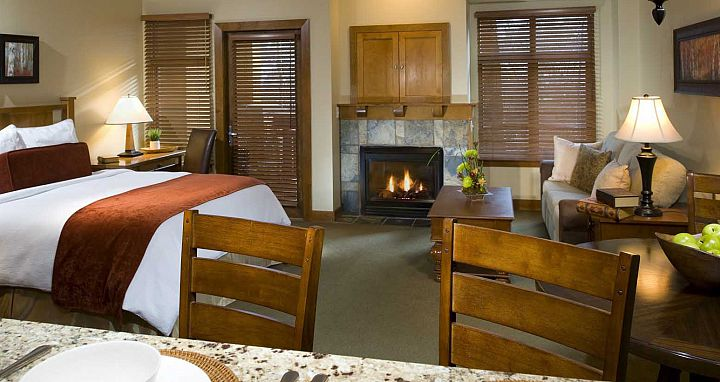 Fully equipped hotel rooms and condos at Sundial Lodge. - image_4