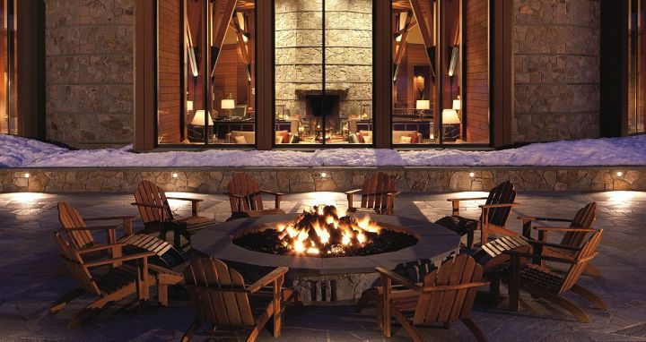 Relax at apres ski. Photo: Ritz-Carlton Lake Tahoe - image_10
