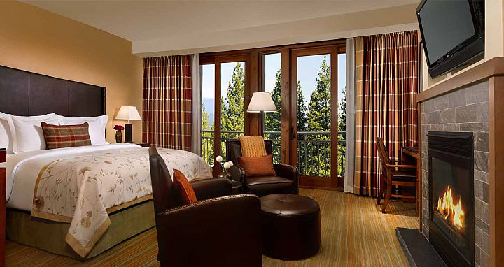 Well-appointed guest rooms that live up to the Ritz-Carlton standards. Photo: Ritz-Carlton Lake Tahoe - image_4