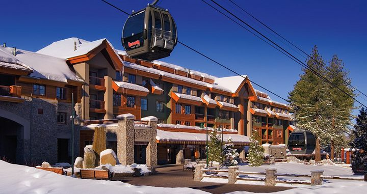 Unbeatable slopeside location with direct gondola access. Photo: Grand Residences by Marriott - image_5