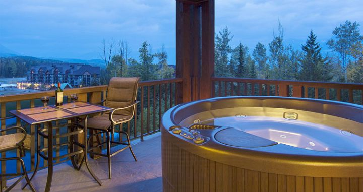 Private hot tubs in some units - image_1