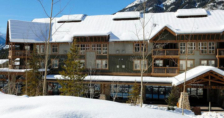 Fantastic slopeside condo options available - Photo: Panorama Mountain Resort - image_2