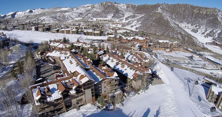 Unbeatable slopeside location in Aspen Snowmass. Photo: The Crestwood Condos - image_0