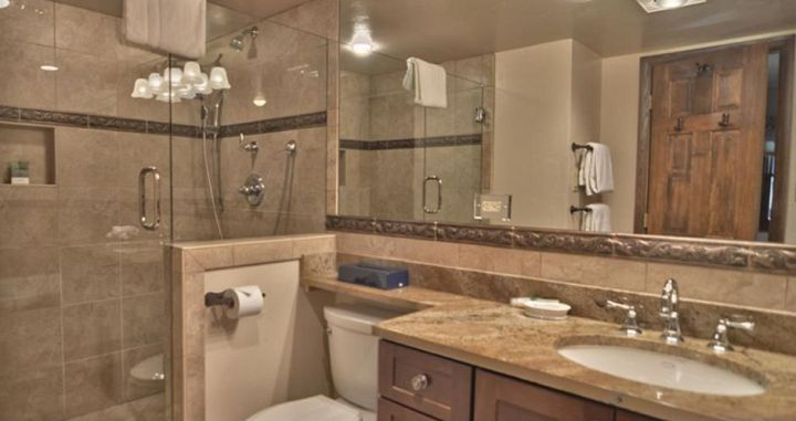 Well-appointed bathrooms are enjoyed by all. Photo: Two Roads Hospitality - image_4
