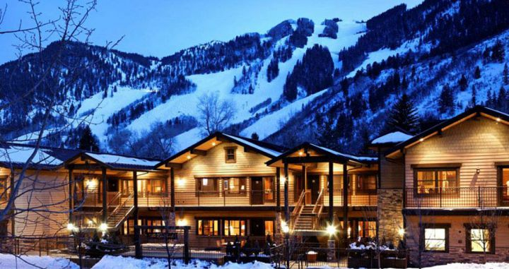 Wonderful downtown location with easy access to the slopes. Photo: Frias Properties - image_0
