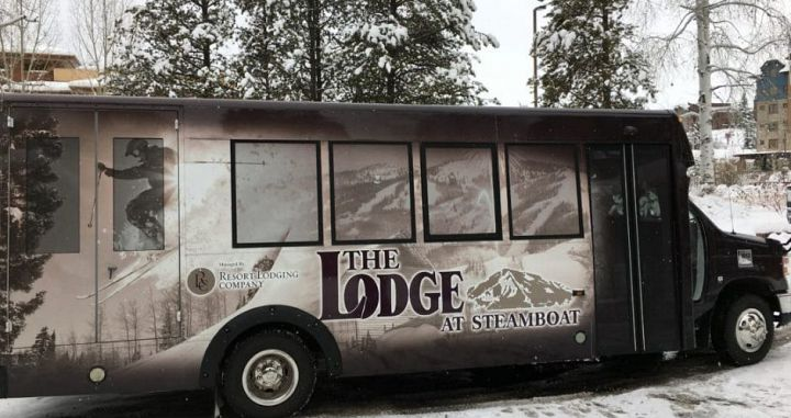 Enjoy easy access to the slopes via the hotel shuttle. Photo: Resort Lodging Company - image_7