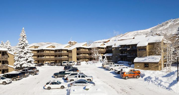 A convenient location for a ski vacation in Steamboat Springs. Photo: Resort Lodging Company - image_8