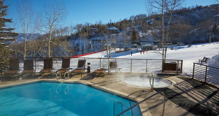 Fantastic slopeside hot tub and pool. Photo: Wyndham Vacations - image_4