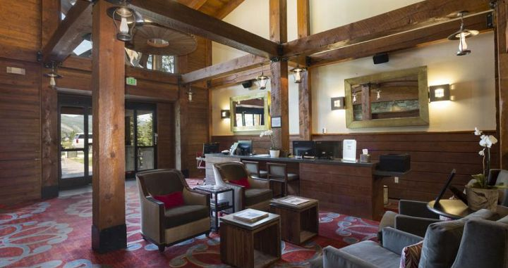 The Silver Baron Lodge is perfect for families seeking a comfortable & hassle-free ski vacation. - image_4