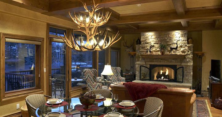 Manor Vail Lodge lobby area. Photo: Two Roads Hospitality - image_15