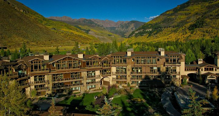 The Manor Vail Lodge is perfectly location on the edge of Vail Village. Photo: Two Roads Hospitality - image_13